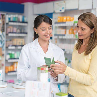 pharmacist with women